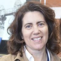 Hélia Oliveira